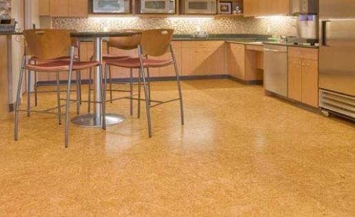 Можно ли использовать пробковое покрытие на кухне