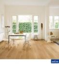 Natural varnished Oak IM3106