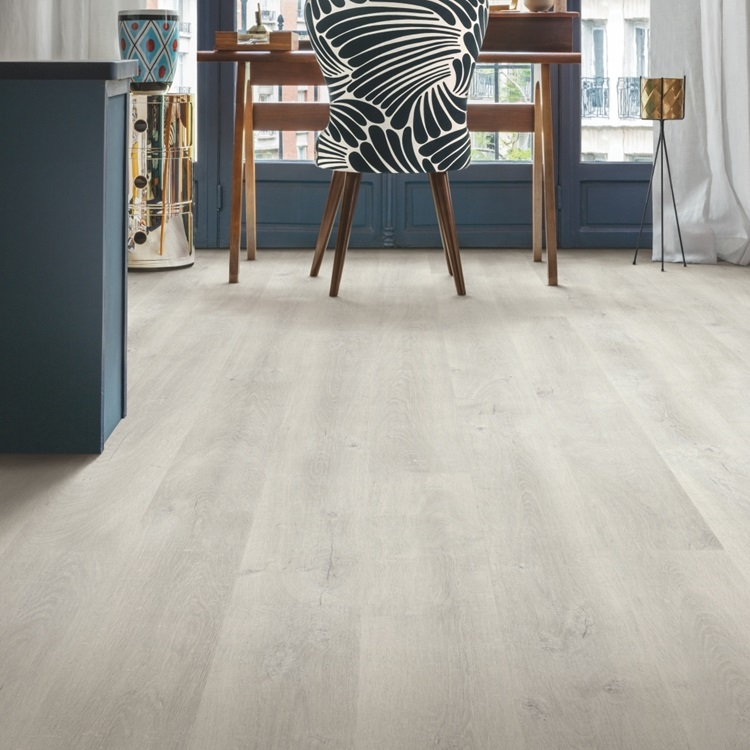 EL3990 VENICE OAK LIGHT